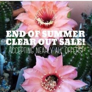 Accepting all offers! Closet clear out sale ! ! !